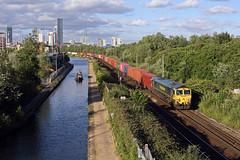 66559 Pomona 1st July 2019 (John Eyres) Tags: 66559 freightliner throstle nest bridgewater canal pomona tram trafford park
