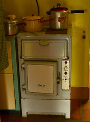 cooking dinner in 1950 (martin.gresty) Tags: oven kitchen