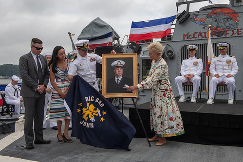 USS John S. McCain (DDG 56) 25th anniversary and change of command ceremony