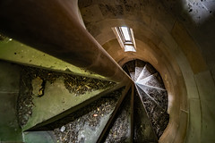 Spiral Stairs Within the Clock Tower - Keir Holme Farm (Craig Hannah) Tags: abandoned june canon photography scotland photo decay farm exploring farming agriculture derelict 2019 derelictbuilding dumblane craighannah keirholmefarm spiralstairs
