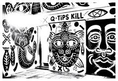 Q-tips kill (leo.roos) Tags: straatkunst streetart muurschildering wallart muralism kijkduin winkelcentrum shoppingmall shoppingcentre sloop demolition graffiti thsa thehaguestreetart noiretblanc bw crea arty fixedlens refitfordigital vastelens adaptedtoemount meyertrioplan2535 meyertrioplan135f25cm 1933 minifex darosa leoroos mural streetartcity winkelpromenadekijkduin