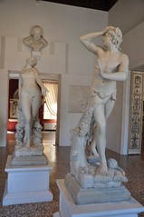 Orpheus & Eurydice (Ryan Hadley) Tags: museocorrer corrermuseum museum artgallery venice italy europe worldheritagesite orpheus eurydice antoniocanova sculpture art neoclassical