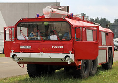 Faun airport crash tender (Schwanzus_Longus) Tags: german germany old classic vintage vehicle fire truck lorry engine fighting department brigade feuerwehr airport crash tender faun fassberg fasberg military army bundeswehr