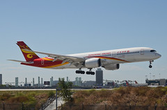 Hong Kong Airlines A350-941 (B-LGE) LAX Approach 2 (hsckcwong) Tags: hongkongairlines a350941 a350900 a350 blge lax klax