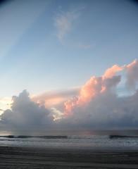 6-MyrtleBeachMorningClouds (T's PL) Tags: nikontamron tamronnikon tamron18400 tamron18400mmf3563diiivchld clouds d7200 morningclouds myrtlebeachsc myrtlebeachsouthcarolina nikon nikond7200 sky tamron