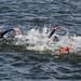 Schwimmwettkampf der Triathleten-Frauen im Vesijärvi-See in Päijät-Häme, während des Ironman in Finnland