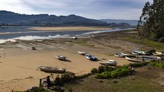 Ría de Villaviciosa (ponzoñosa) Tags: villaviciosa ría marea low tide baja asturias principado barca ship sea cantábrico