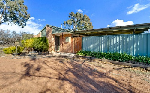 16 Ironbark Crescent, Banks ACT 2906