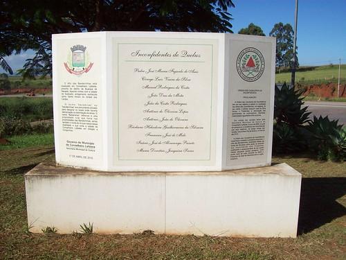 Monumento aos Inconfidentes de Queluz