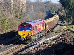 66076 seen on the 13.22 Cliffe Brett Marine to Stewarts Lane passing through Northfleet on 15-2-19. Copyright Ian Cuthbertson (I C railway photo's) Tags: class66 66076 ews northfleet