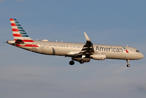 N108NN | Airbus A321-231/W | American Airlines - a photo on