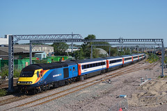 43423 03-07-19 (IanL2) Tags: eastmidlandstrains class43 43423 wellingborough northamptonshire mml valenta19722010 trains railways