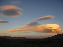 Wind Blown Lenticuar (stvpak) Tags: lenticular cloud sky sunset sierrawave lenticularcloud landscape mountains weather sierra reflection