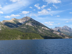 Great Heights (Marit Buelens) Tags: canada us usa unitedstates water sky mountain lake watertonglacierinternationalpeacepark border rockies