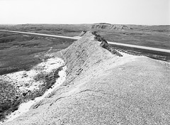 SD-44, Badlands - Intersection (LarsHolte) Tags: pentax 645 pentax645 645n 6x45 smcpentaxa 35mm f35 120 film 120film analog analogue kosmo foto mono 100iso mediumformat blackandwhite classicblackwhite bw monochrome filmforever filmphotography d76 ishootfilm larsholte homeprocessing usa southdakota scenic badlands highway sd44
