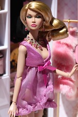 Looks a plenty Poppy Parker giftset (Isabelle from Paris) Tags: looks plenty poppy parker giftset isabelleparisjewels doll jewelry