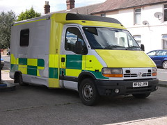 Renault Master (MF52 JHV) - ex- North West Ambulance Service (Ray's Photo Collection) Tags: faversham renault mf52jhv ambulance northwestambulanceservice master stonestreet