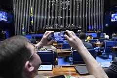Plenário do Congresso (Senado Federal) Tags: celular congressonacional deputadasorayasantosplrj deputadomárioheringerpdtmg ec1012019 emendaconstitucional militar plenário senadorangelocoronelpsdba senadordavialcolumbredemap senadoreduardogomesmdbto senadorsérgiopetecãopsdac sessãosolene smartphone brasília df brasil