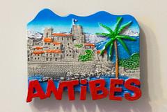 Antibes (Osdu) Tags: magnet fridgemagnet refrigeratormagnet souvenir souvenirs travel world antibes alpesmaritimesdepartment antíbol france