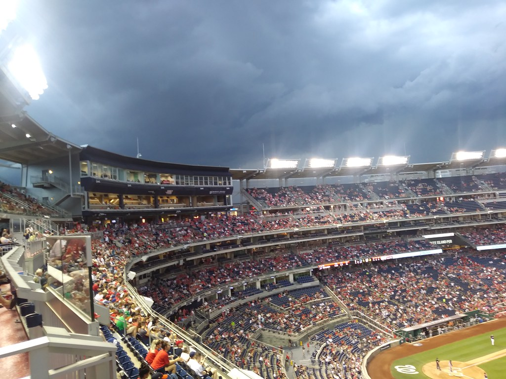 фото: Weather is coming! Nats vs Marlins 7/2/2019