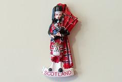 Scotland (Osdu) Tags: magnet fridgemagnet refrigeratormagnet souvenir souvenirs travel world scotland