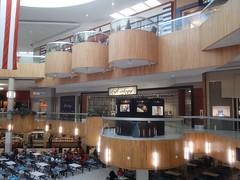 Holyoke Mall - Holyoke, Massachusetts (24/7 Community) Tags: holyokemall ingleside holyokemassachusetts holyokema massachusetts holyokemallatingleside mall retail mallinterior