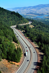 I-5 looking north toward Emigrant Lake (OregonDOT) Tags: i5 oregon oregondot scenic traffic curves hills incline freight road trees emigrantlake atmosphericperspective stateofthesystem