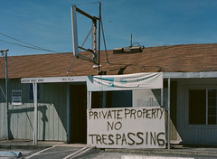 Alviso, California (bior) Tags: alviso sanjose california pentax645nii pentax645 6x45cm portra160vc portra kodakportra mediumformat 120 store sign notrespassing privateproperty abandoned