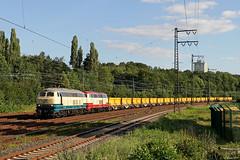 218 472 und 217 002 mit dem Aushubzug 29721 Stolberg (Rheinl.) Gbf - Hannover Hainholz in Hagen-Hengstey, 03.07.2019 (-cg86-) Tags: bauzug aushubzug br218 v160 hagenhengstey güterzug eisenbahn railway eisenbahnfotografie bahnbilder ruhrgebiet diesel railroad canon eos eos80d