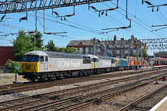 56103 56091 33035 20314 20311 20132 20096 6Z56 Crewe (British Rail 1980s and 1990s) Tags: train rail railway loco locomotive lmr londonmidlandregion mainline wcml westcoastmainline cheshire livery crewe liveried traction diesel station br britishrail ee englishelectric type1 20 class20 brcw sulzer type3 type5 grid 33 56 class33 class56 blue railfreight hnrc orange 6z56 dcr bar devoncornwallrailway convoy elr eastlancsrailway dieselgala 56103 56091 33035 20314 20311 20132 20096