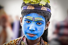 Tangled up in Blue | Kumbh Mela 2019, India (lulejt) Tags: blue kumbh mela india portrait