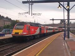 Stirling - 29-06-2019 (agcthoms) Tags: scotland stirling station railways trains lner class43 hst 43325 43208