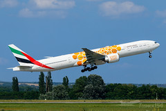 "A6-ENG | Emirates (""Expo 2020 (Opportunity / Orange)"" titles) | Boeing 777-31H(ER) | BUD/LHBP (Tushka154) Tags: hungary specialscheme spotter ferihegy budapest expo2020opportunityorange boeing 777 emirates a6eng 777300 77731her aircraft airplane avgeek aviation aviationphotography boeing777 boeingtripleseven budapestairport lhbp lisztferencinternationalairport planespotter planespotting spotting tripleseven"