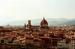 Lei (michele.palombi) Tags: tuscany negativocolore colortecc41 film35mm analogicshot florence