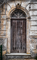 The doors of Lecce (Leaning Ladder) Tags: lecce italy italia puglia apulia doors architecture canon 7d mkii leaningladder