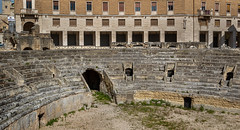 Old Lecce (Leaning Ladder) Tags: lecce italy italia puglia apulia architecture amphitheater roman ruins canon 7dmkii leaningladder