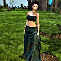 Homebody possessed of Gypsy Soul (Jeannette Anne) Tags: sl gypsy moved