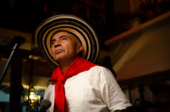 DSC_2763 (johnmoralesh) Tags: music musica música shadows portrait nikon night restaurant restaurante closeup city inside photography photoshoot 35mm digital