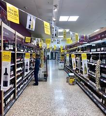 25% off 184*365 (♔ Georgie R) Tags: wine discount tesco crawley sussex