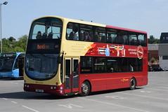 TBBC 100 @ Blackburn bus station (ianjpoole) Tags: the blackburn bus company volvo b7tl wright eclipse gemini r100tdv 100 working route hotline 152 burnley station preston fishergate
