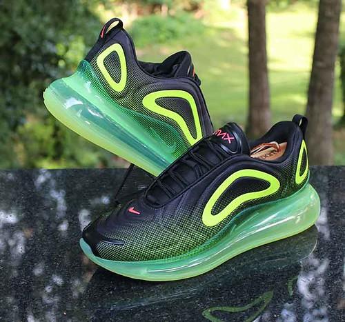 Nike Air Max 720 Retro Future Men's Size 9.5 Black Bright