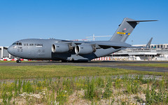 RCH_USAF_C17A_07-7181_BRU_JUN2019 (Yannick VP) Tags: military cargo freight troop transport aircraft airplane aeroplane jet jetliner unitedstates america us usa airforce 437th aw airwing charleston afb airforcebase southcarolina boeing c17a globemasteriii 077181 c17 airside taxi taxiway twy j brussels airport bru ebbr belgium be europe eu nato june 2019 aviation photography planespotting airplanespotting rch reach 500 defenceministersmeeting council