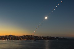 Soleil noir sur Coquimbo, Chili 02 Juillet 2019 (in explore) (Gwenael B) Tags: eclipse eclipse2019 chili chile coquimbo laserena travel voyage mer sunset horizon eclipsetotale eclipsesolaire chapelet ombre astroscape astro sky astronomy solar totaleclipse nikon nikonfr nikkor18105 nikond5200