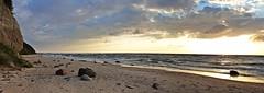 Evening walk (gregor_kampus) Tags: wieczór przechadzka spacer po plaży piaszczysta plaża kamienie zachód słońca klif międzyzdroje lato lipiec relaks evening longwalk beach morze bałtyckie bałtyk baltic sea cliff sandbeach stones sunset summer july poland polska