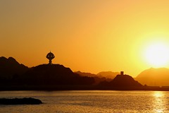 Mystic sunset (ISO 69) Tags: muscat oman sunset sun sea sonne sonnenuntergang explore osten gelb orange silhouette