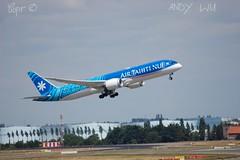 Boeing 787-9 Air Tahiti Nui (07/02/2019) (Starkillerspotter) Tags: boeing dreamliner 7879 air tahiti nui takeoff afternoon sky cdg airport paris sun summer runway lax
