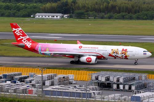Thai AirAsia X | Airbus A330-300 | HS-XTD | Lotte World