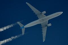 KLM Airbus A330 PH-AKD (stephenjones6) Tags: aviation civil aircraft airbus a330 phakd klm dutch sky blue a330303 msn1300 nikon d3200 chemtrail vapourtrail high highaltitude skywatcher telescope dobsonian extremespotting