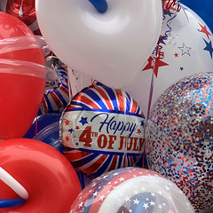 4th of July (remiklitsch) Tags: red white blue balloons usa patriotic 4thofjuly july4 iphone remiklitsch santamonica california holiday
