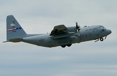 73-1598 C-130E (RedRipper24) Tags: c130 hercules lockheedaircraft lockheedc130 c130hercules militaryaircraft militarytransportaircraft airshow usaf usairforce